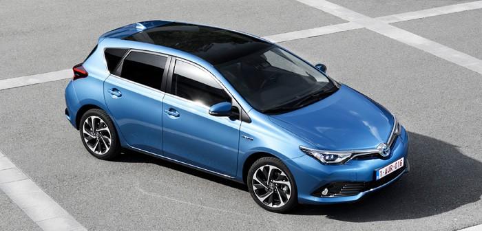 Toyota_Auris_2016