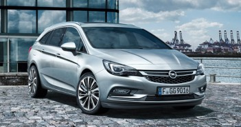 Opel_Astra_Sports_Tourer_2016
