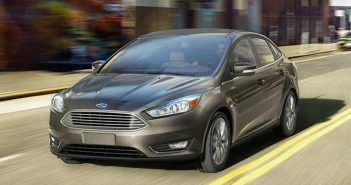 Ford_Focus_Sedan_2017